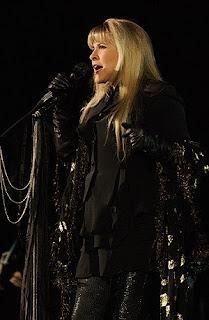 Centerfield Maz Stevie Nicks Quot Gold Dust Woman Quot Enchants