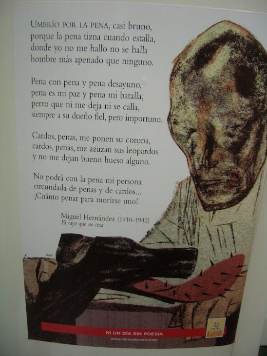 foto  de  un  poster de Miguel Hernández