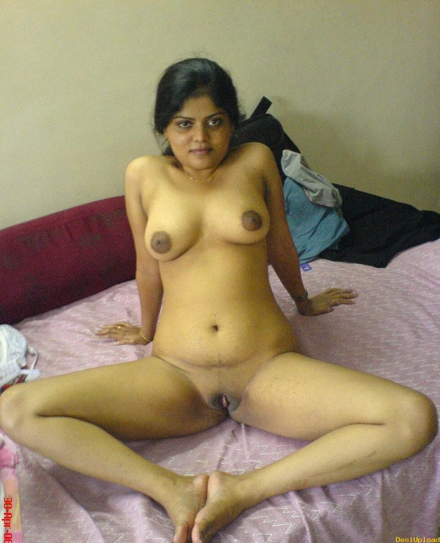 Hot Mallu Nri Aunty Ass