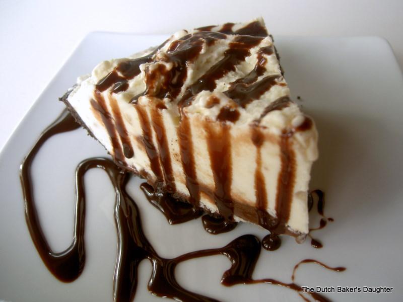 The Dutch Baker's Daughter: Banana Fudge Ice Cream Pie