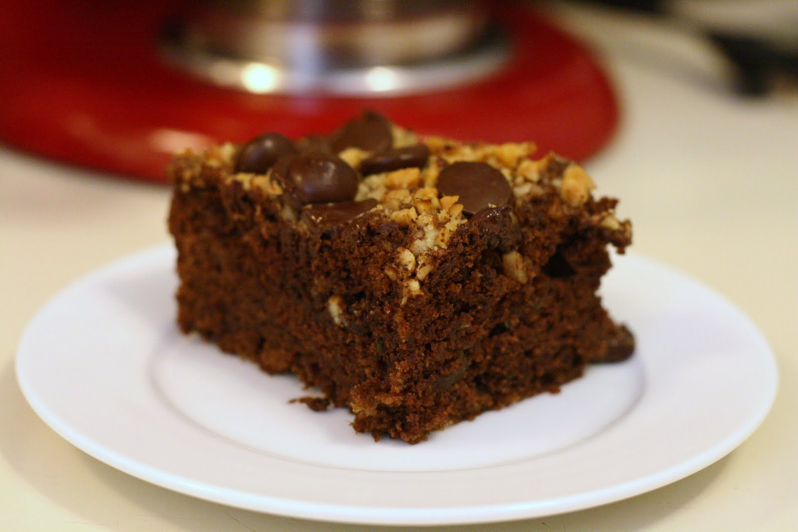 Laine's Recipe Box: Chocolate Zucchini Cake