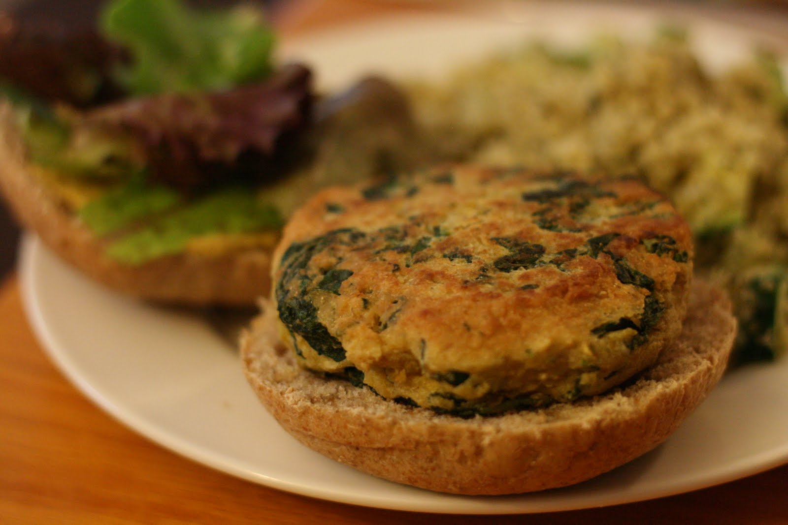 Laine's Recipe Box: Spinach-Chickpea Burgers