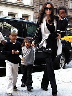 Angelina Jolie,Maddox,Pax and Zahara Before the premiere