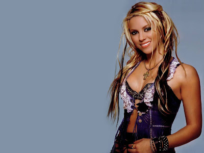 shakira Beautiful  Biography