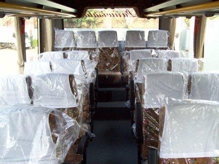 HINO FB 130 - MEDIUM BUS AC 29 SEAT\