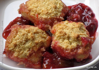 easy recipe rhubarb strawberry cobbler