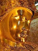Maha Myatmuni Buddha, Mandalay, Myanmar