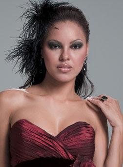 Candidata de Roraima repete a irmã e vai disputar o Miss Mundo - 05/07/2009 - UOL Tabloide