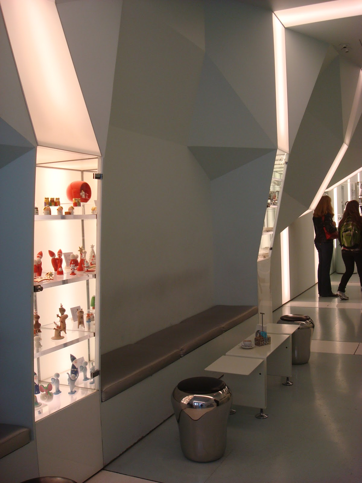 Alessi Flagship Store 2h