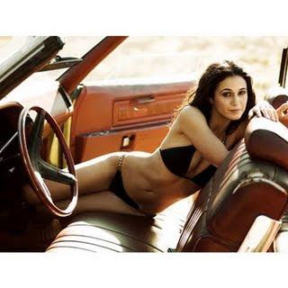 Amanda Bearse Fotos Emmanuelle Chriqui En Bikini Gq