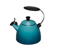 Stove Top Kettles Review: the Le Creuset Kettle: HALO Kettle