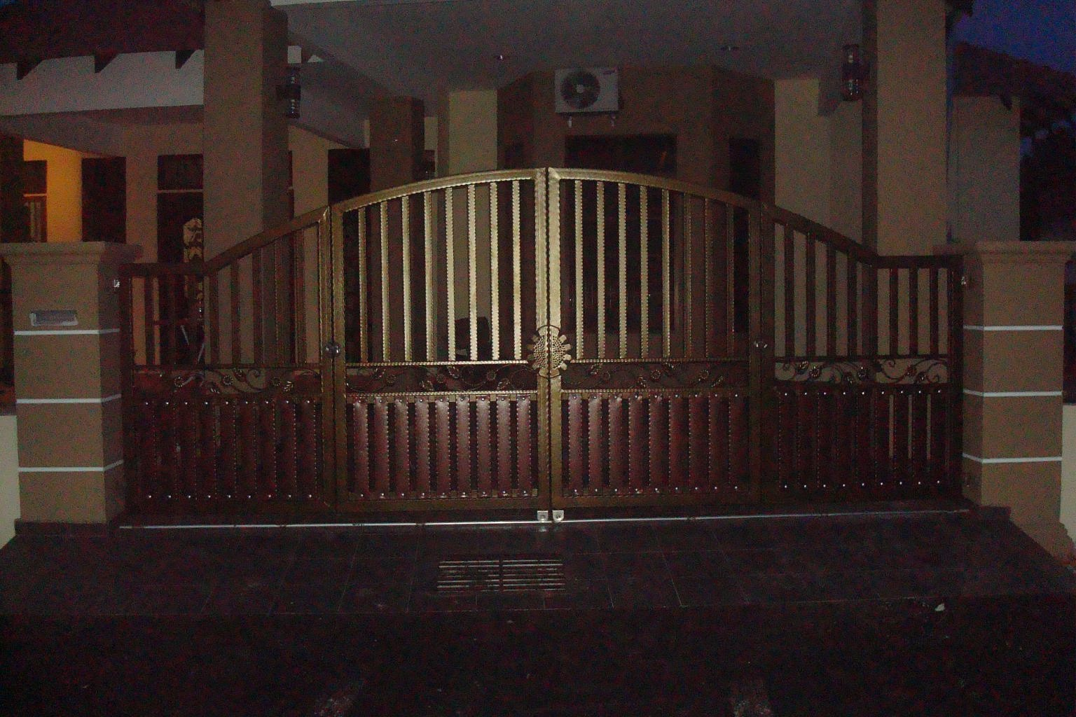 Abassa Art Of The Iron Work Wrought Iron Gate Amp Grill