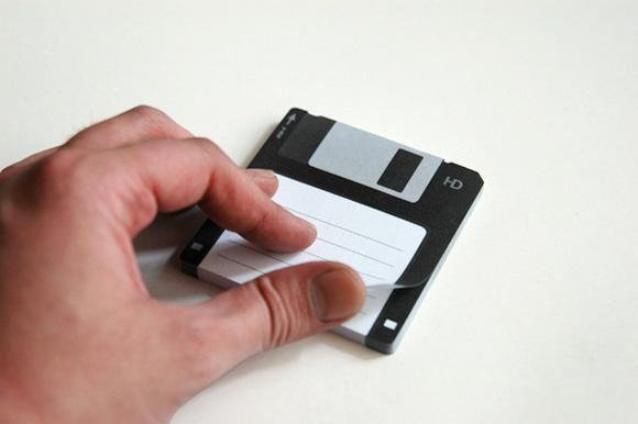 http://4.bp.blogspot.com/_42nL05s3A-8/S_Hh9_Kh4gI/AAAAAAAACtQ/nDHJJekCegQ/s1600/Diskit-Sticky-Notes.jpg