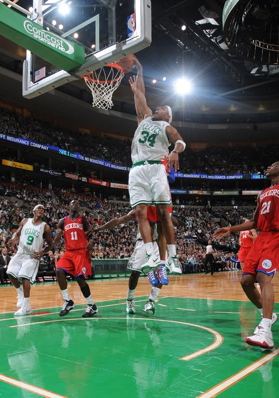 paul pierce dunk on channing frye. Perkins to Rondo to Pierce for