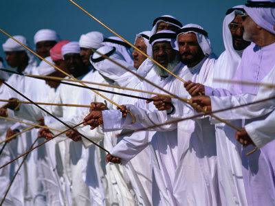 تراث الإمارات في صور رائعة chris-mellor-men-per