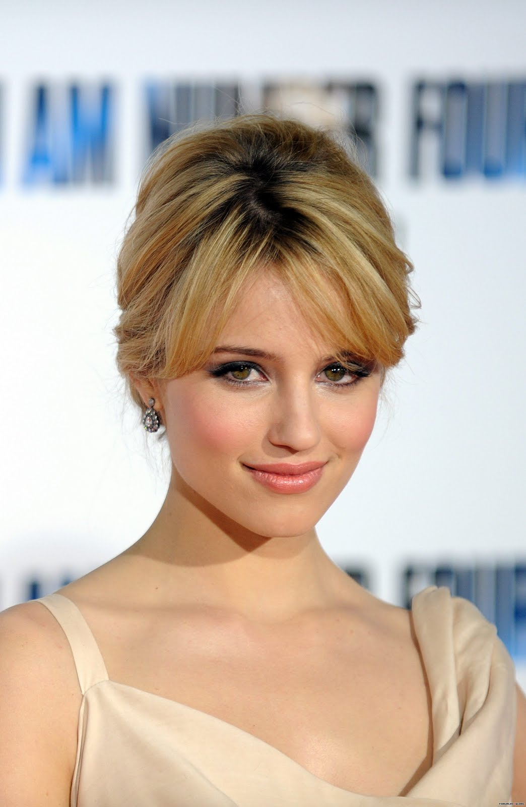 celebrity whereabouts dianna agron at the i am number