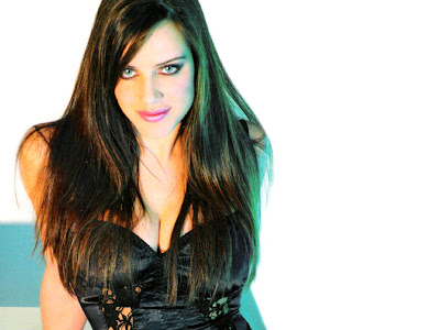 amazing Michelle Ryan