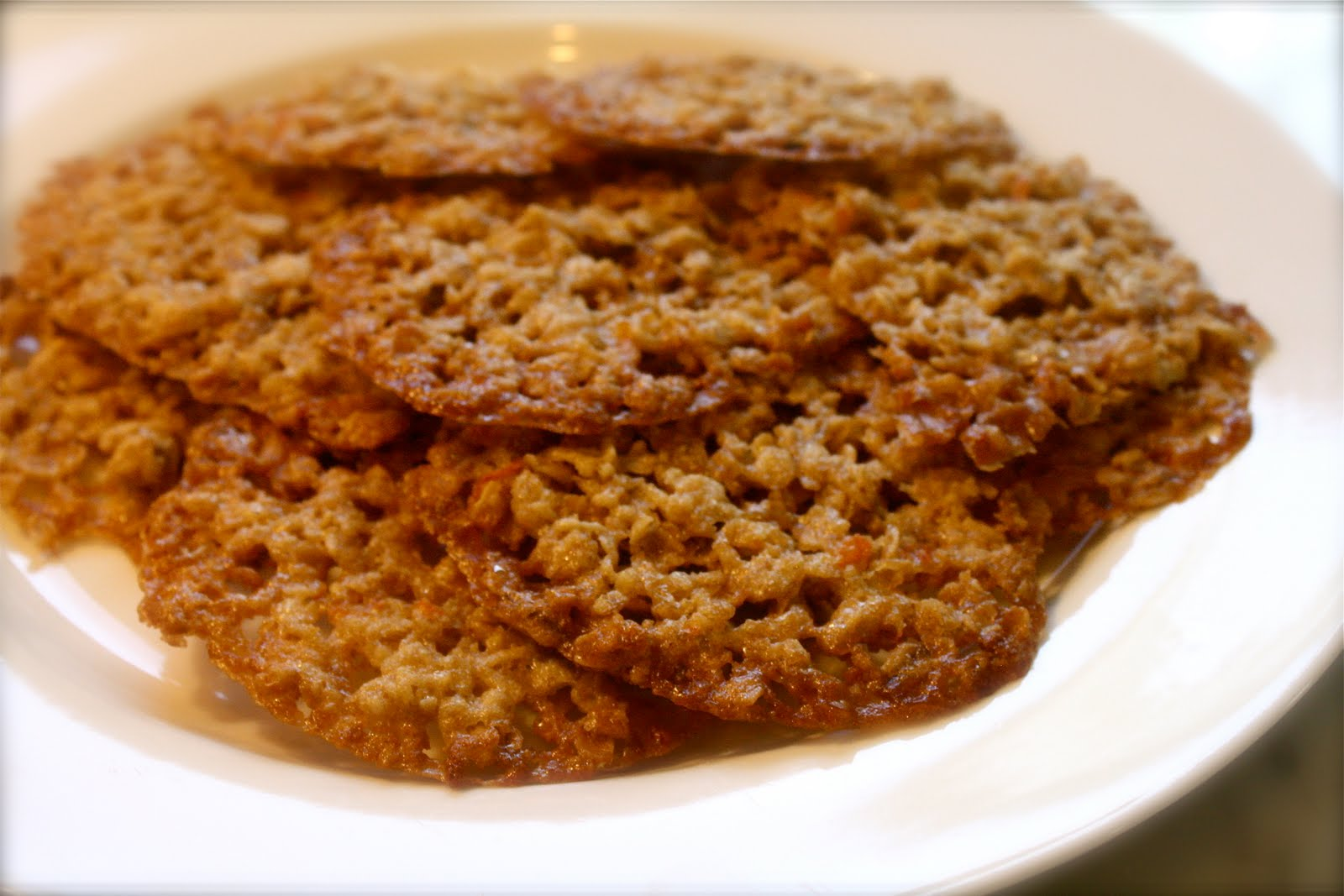 The Novice Cook and Other Surprises }: Orange Oatmeal Lace Cookies