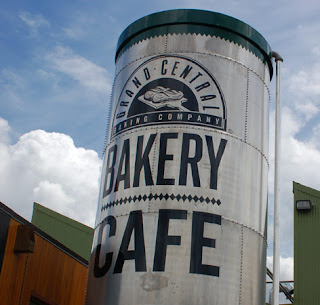 Bakery cafes