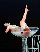 Bebe de mi y vivirás eternamente...