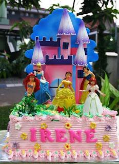 Joris Kitchen Princess Birthday Cakes for the twins