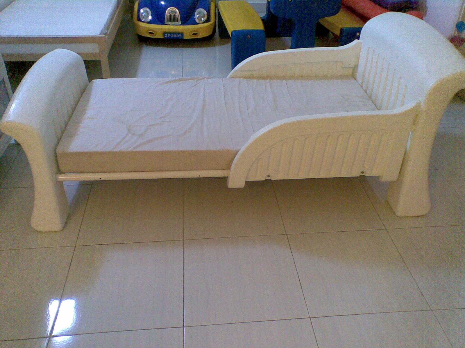 Ikea Toddler Bed White With White Curtains