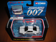 CORGI JAMES BOND LOTUS ESPRIT UNDERWATER.