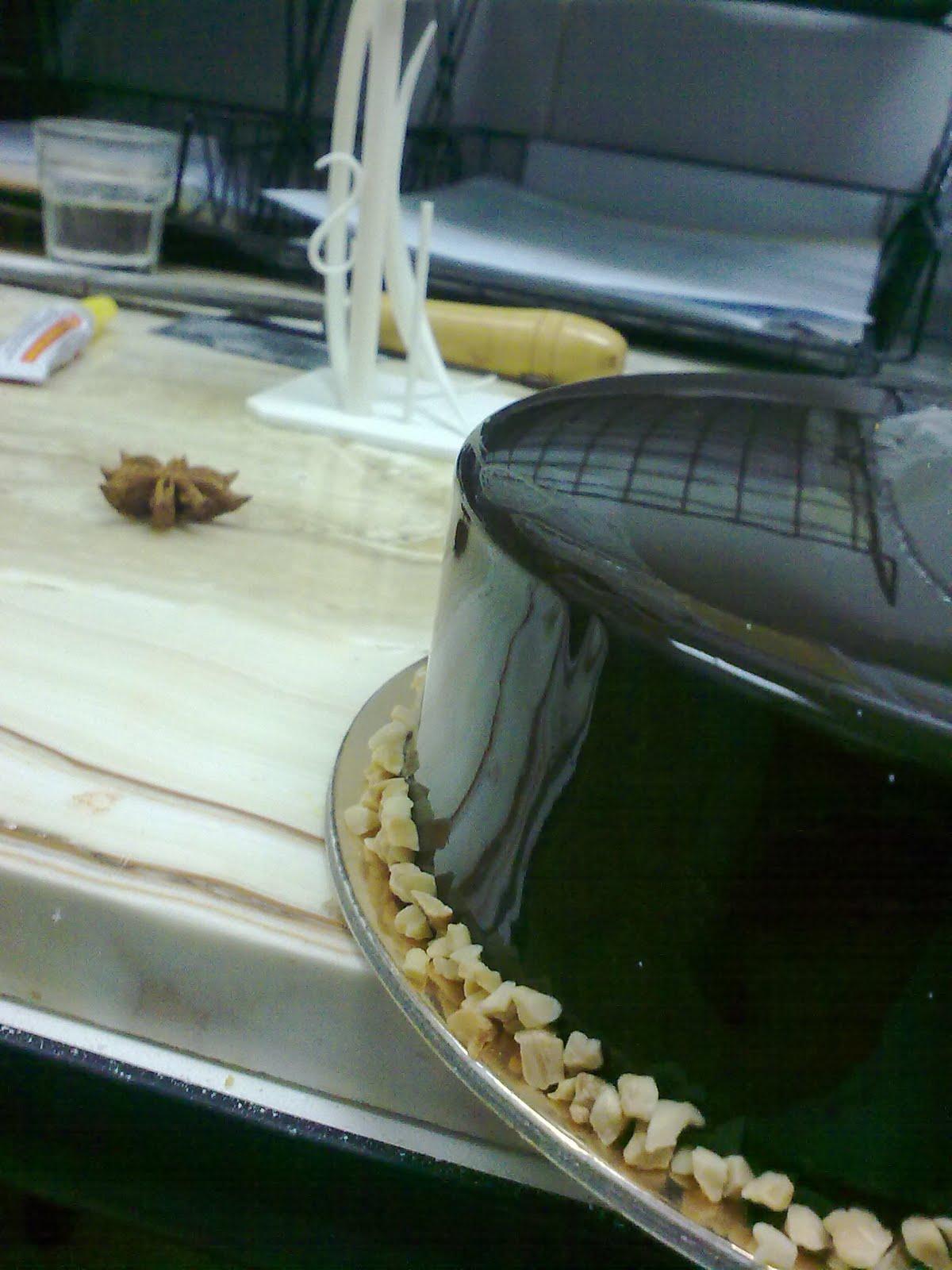 Chocolate Glacage Glaze Cake Ideas And Designs