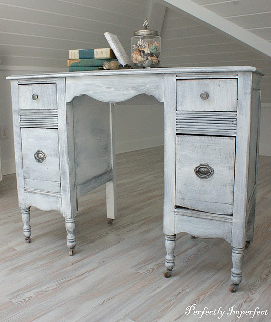 Whether Iu0027m Dry Brushing As A Highlighter Or As More Of A Solid Like This  Antique Vanity, I Only Add One Coat. That Tends To Be Plenty, As Youu0027re  Really ...