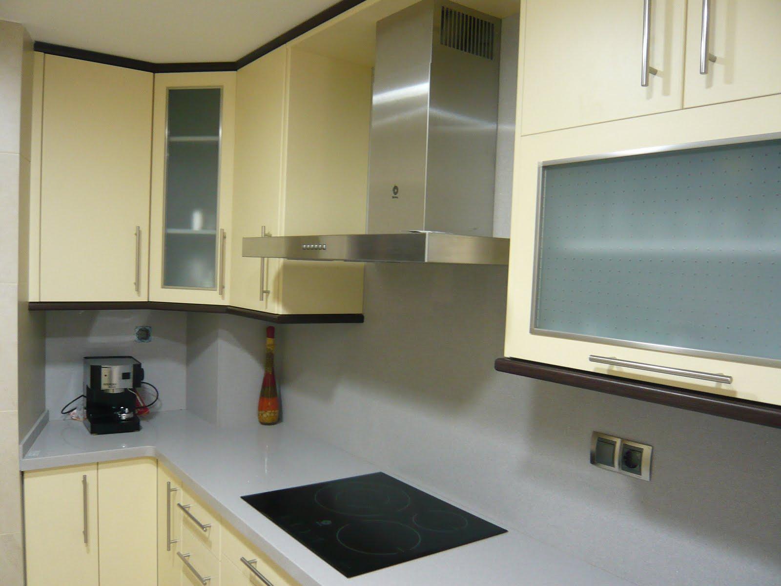 Reuscuina cocina de formica en 2 colores - Cocina de formica ...
