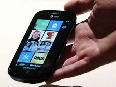 Windows Phone 7 dari Microsoft hadir dan siap bersaing dengan Android & iPhone.