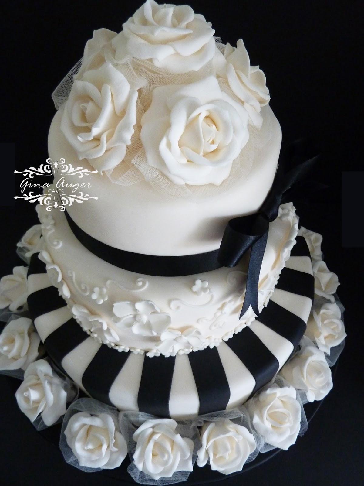 Black Fondant Wedding Cake Viewing Gallery
