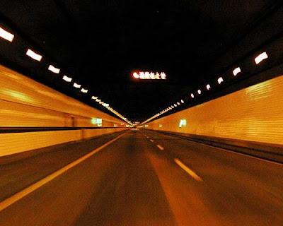 Tuneli 11+Spectacular+Tunnels+From+Around+the+Underworld9