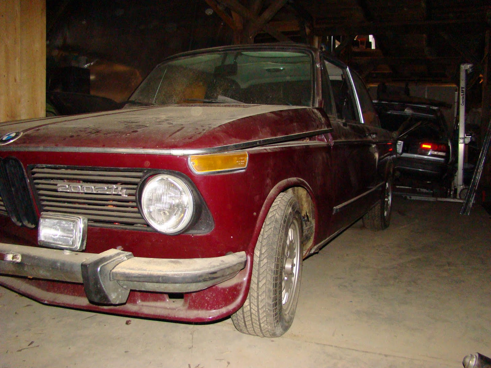New england barn finds for sale 1973 2002 tii on ebay now for New england barns for sale