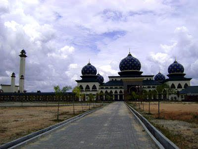 Masjid Sultan Syarif Hasyim - A Long Shot