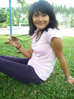 Her Smile - University Girl in Riau