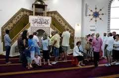masjd1 Gambar2 Pencemaran Masjid di Dunia   Termasuk Syeikh Azhar!
