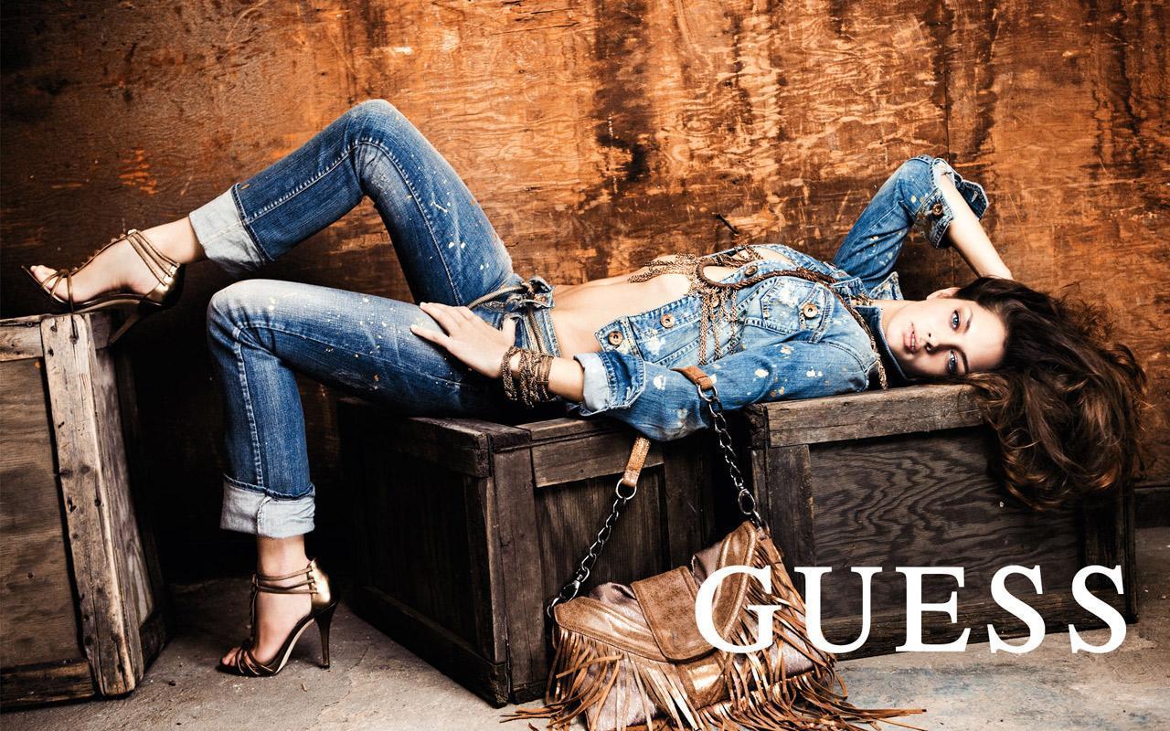 http://4.bp.blogspot.com/_4EsLuPEWEbI/TVJXk1jsC-I/AAAAAAAAApQ/c7ILnwrh1h0/s1600/1269402251_1280x800_guess-jeans-fashion-wallpaper.jpg