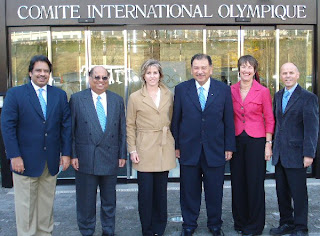 The World Squash presentation party at IOC headquarters (L to R): Jahangir Khan, N Ramachandran, Sarah Fitz-Gerald, Tunku Imran, Susie Simcock and Andrew Shelley