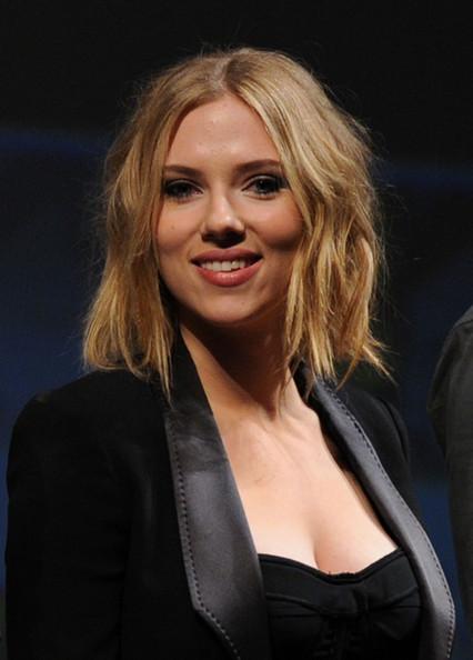 Scarlett johansson se cortó el pelo. ¿Mejor o peor?