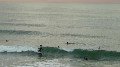 Sesión de surf del 27 de Noviembre del 2008 - Sopelana- Puesta de sol