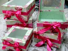 Kotak Hiasan Hantaran
