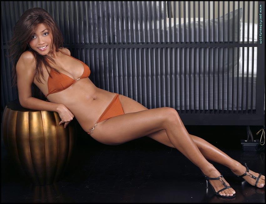 Tiara Lestari telanjang