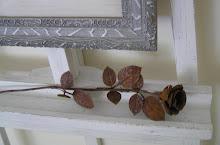 Under tavlan en rostig ros...