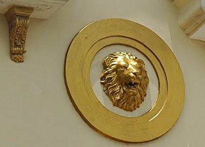 Versace lion Jakarta