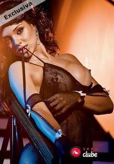 Julia Paes - Sexy