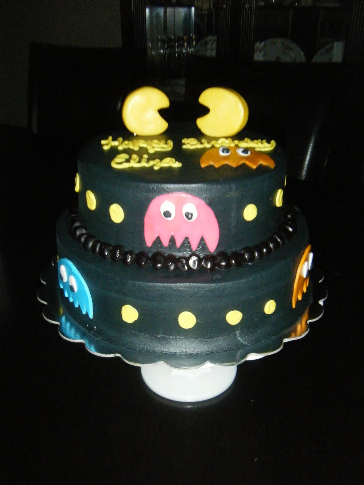 Cake Images With Name Pinky : Jessica s Cakealicious Cakes: Pac Man