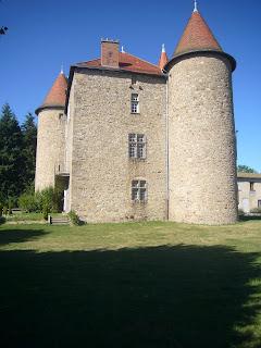 chateau de Montfort Le Vernet la Varenne photobg