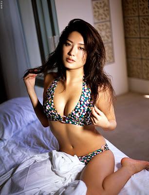 Haruna Yabuki - Japanese Bikini Model