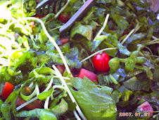 Tem uma horta na salada!